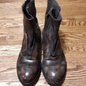 Lisa Bottega Leather Ankle Boots